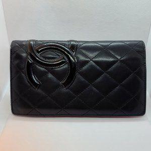 Chanel Wallet CC mark Black Caviar leather Bi fold